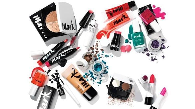 Makyajı sanata dönüştüren Avon'un yeni markası Mark