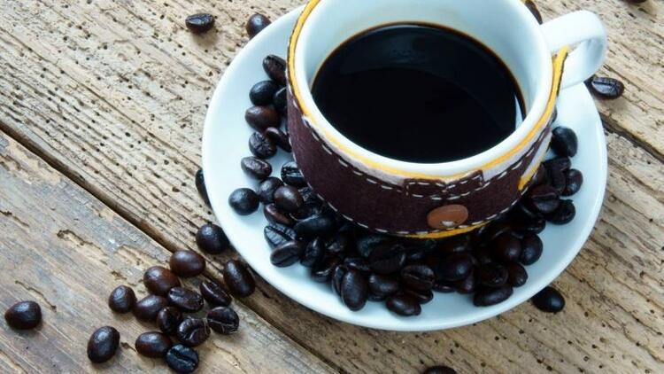 Kahve alkolden koruyor!