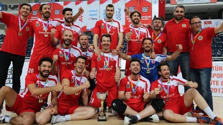 Beykent Üniversitesi KOÇ SPOR FEST'te şampiyon oldu