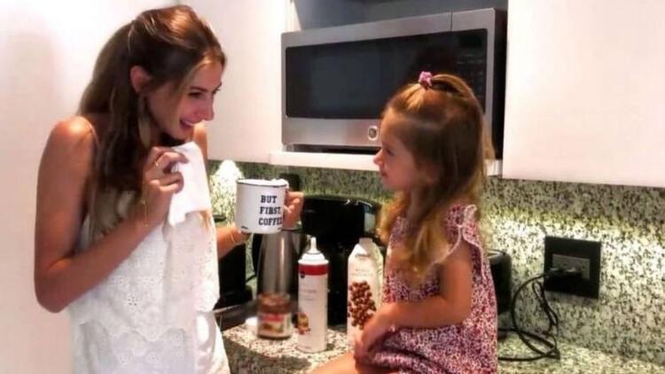 Şeyma ve kızı Melisa mutfakta