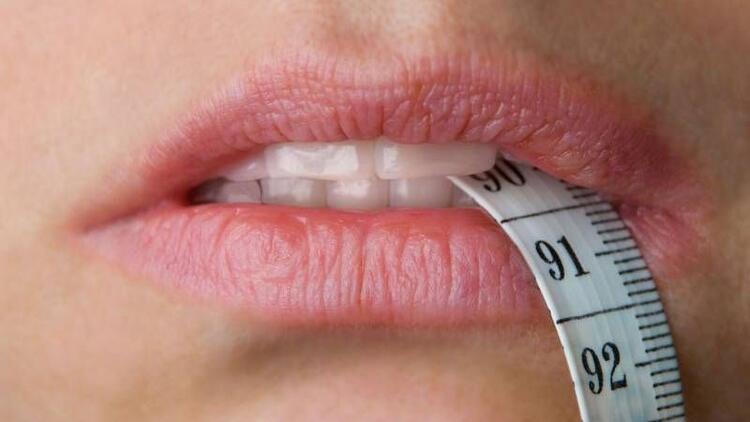 Bulumia Nervoza, dişlerde ciddi zararlara yol açıyor!