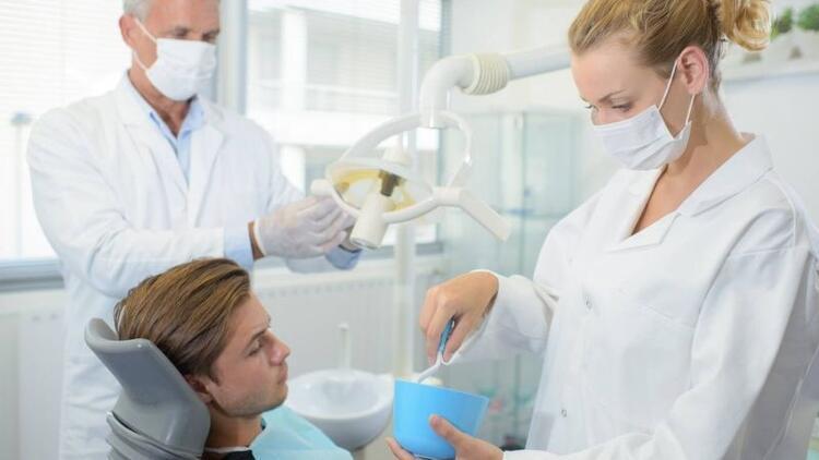 Dikişsiz yeni nesil implant operasyonu
