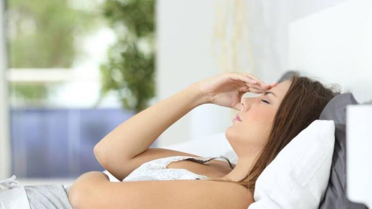 Geçmeyen mide bulantısının nedeni anksiyete olabilir