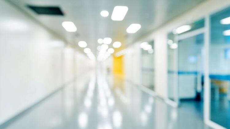 Özel hastanelerin acil servisleri ücret talep edebilir mi?
