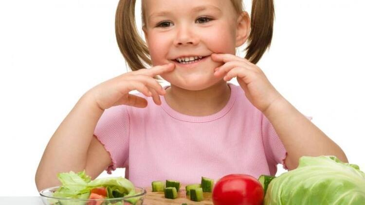 Okul öncesi döneminde çocuklar nasıl beslenmeli?