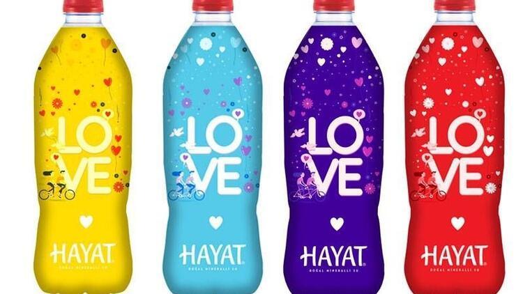 Hayat Su Sevgililer Günü'nü renkli şişelerle kutluyor