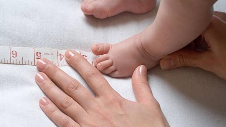 Anne karnında yeterince büyümeyen bebeklere dikkat!