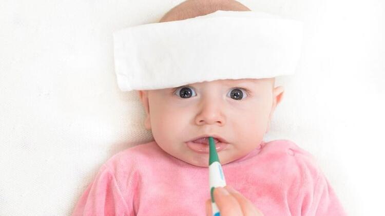 Bebeklerde ateşi düşürmek için neler yapmalı?