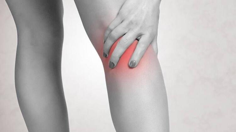 Bacaklarda şişme, akciğer kanseri belirtisi olabilir