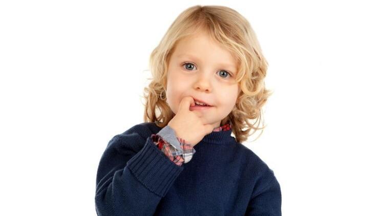Eyvah çocuğum tırnak yiyor!