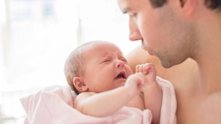 Yeni doğan bebeklerde gaz sorunu ve gaz masajı