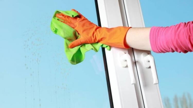 Cam temizlemenin kolay yolları