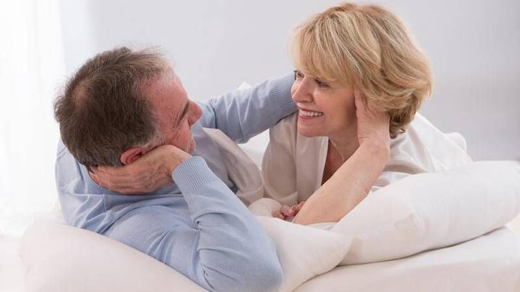 Menopoz ile birlikte cinsel hayatım biter mi?