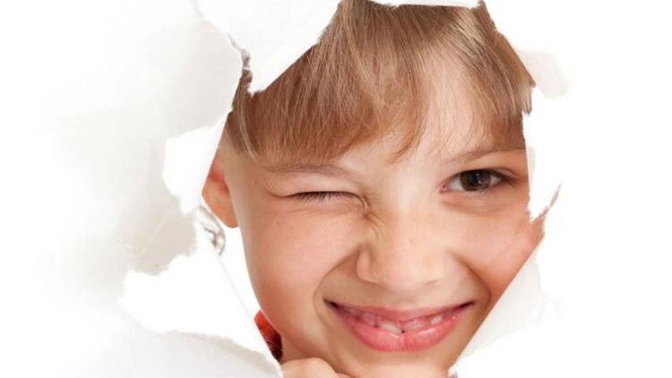 Tikler çocukların hayatını olumsuz etkiliyor