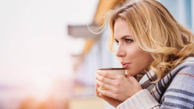 Kışın soğuk havalarda içinizi ısıtacak şifalı çaylar