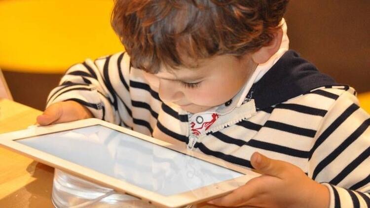 Çocukları bekleyen gizli tehlike:İnternet bağımlılığı