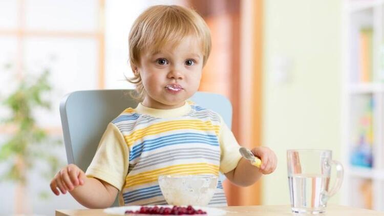 Tamamlayıcı besinler tuzsuz ve şekersiz olmalı