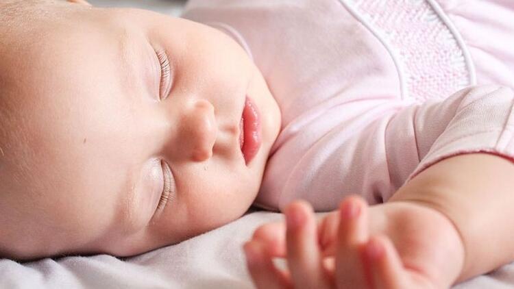 Bebeklerde uyku eğitimine zaman başlanmalı?