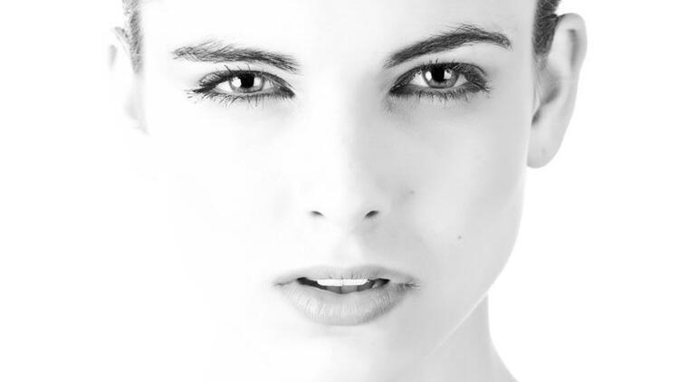Kulak enfeksiyonu yüz felcine sebep oluyor