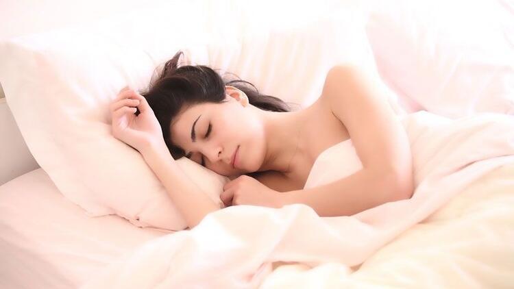 Doğru yastık yüksekliği en az 10 santim olmalı