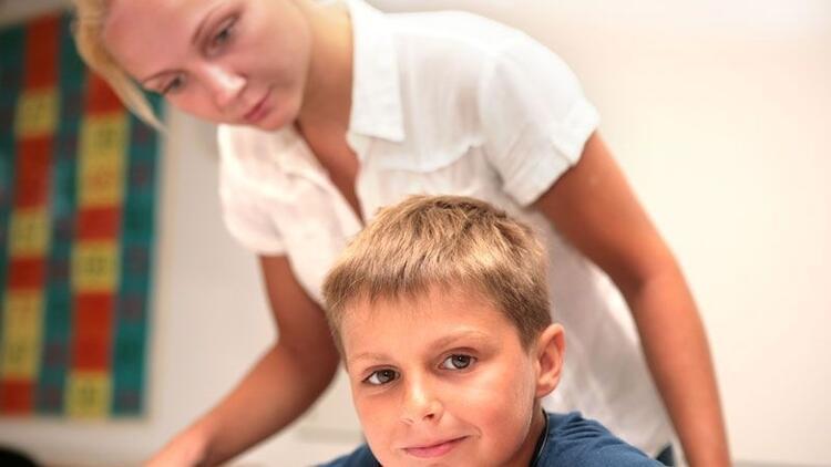 Anneler çocukları üzerinde neden baskı kurmaya çalışırlar?