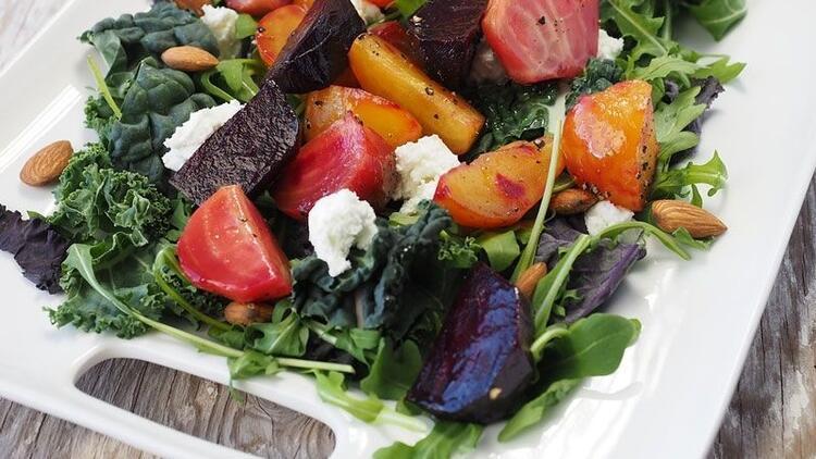 Akdeniz diyeti, kalp krizi riskini azaltıyor