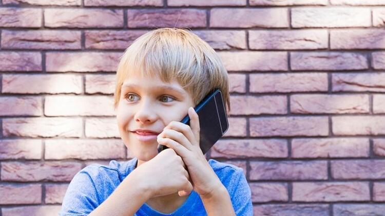Çocuğunuz cep telefonu mu istiyor?