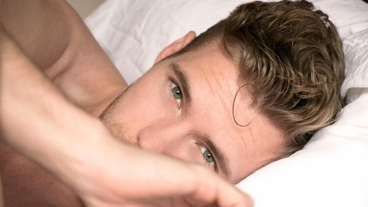 Düzensiz uyku sperm sayısını azaltabilir!