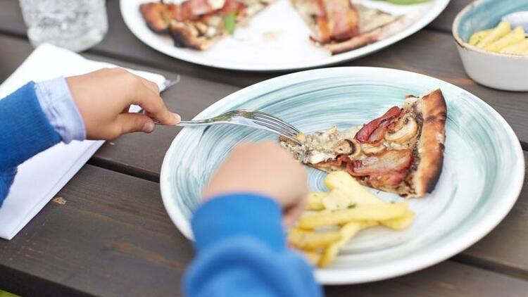 Çocuklar ne sıklıkla hazır yiyecek tüketebilirler?