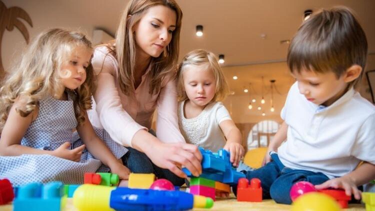 Montessori yöntemi nedir?