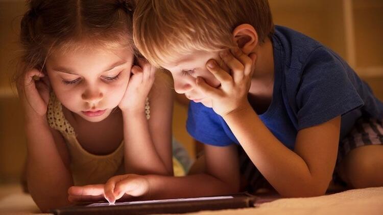 Momo oyununu depresyona yatkın çocuklar oynuyor