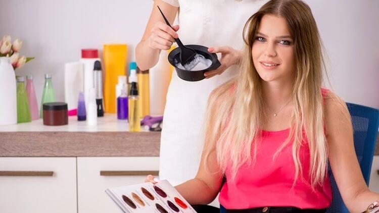 Adet döneminde saç boyatılabilir mi?