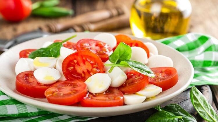 Uygulaması en kolay ve en sağlıklısı Akdeniz diyeti