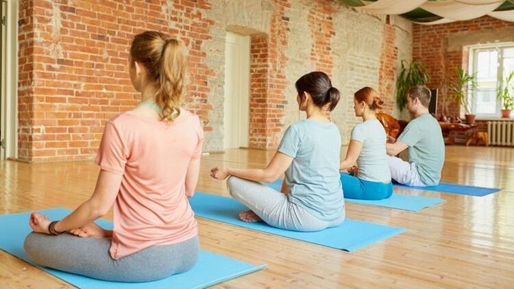 Kanser tedavisine yoga desteği
