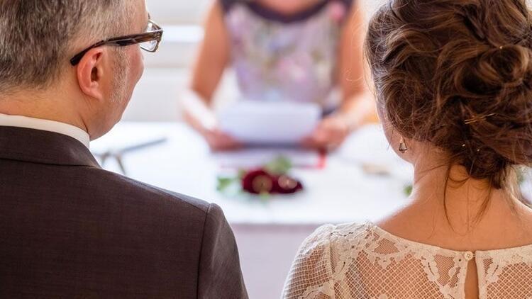 Boşandıktan sonra tekrar aynı kişiyle ne zaman nikah yapılabilir?