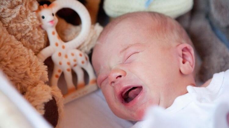 Bebeğinizi ağlatarak uyutmaya çalışmayın