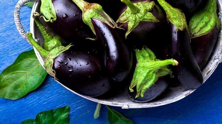 Çöpe attığınız patlıcanların sapında meğer ne faydalar gizliymiş