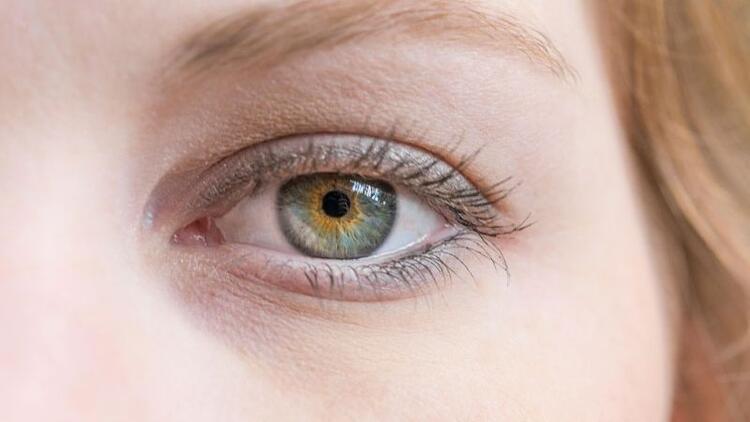 Göz altı dolgusu ile ışıldayın