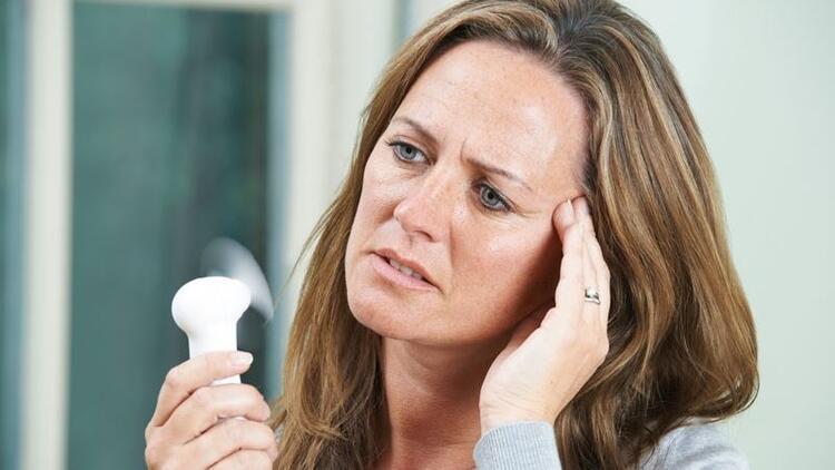 Mutlu bir menopoz dönemi için uzmanından tüyolar