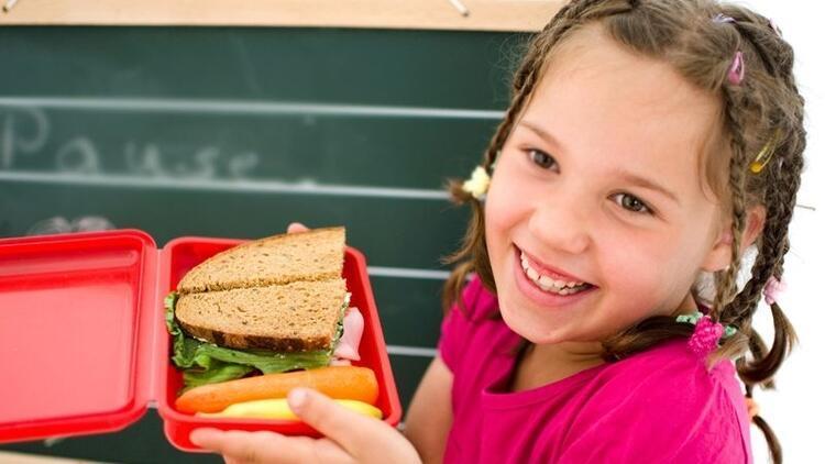 Okul döneminde çocuklar için beslenme önerileri