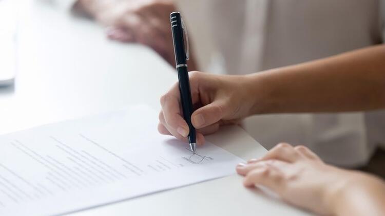 Boşanma davası sırasında eşin ölmesi halinde miras hakkı