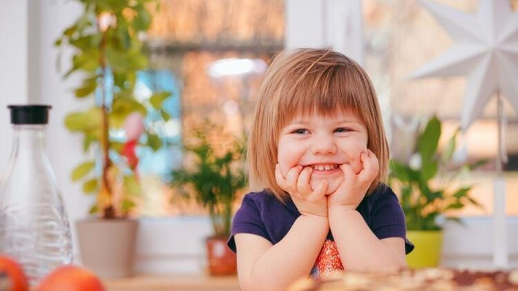 Çocuklarımızı nasıl övmeliyiz?