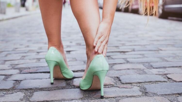 Sivri burun ve topuklu ayakkabılardan uzak durun