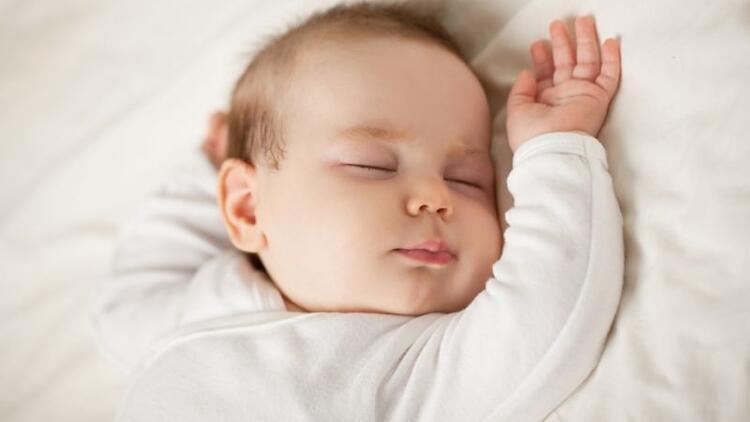 Çocukların tek uykuya geçiş süreci için öneriler