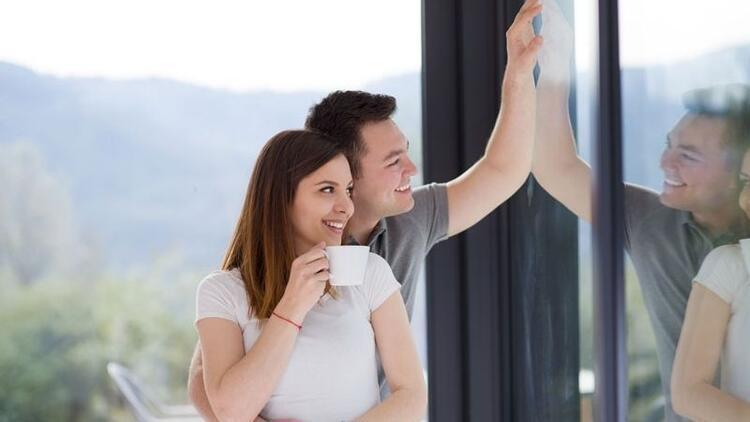 Sosyal medyadaki aşklara inanmayın