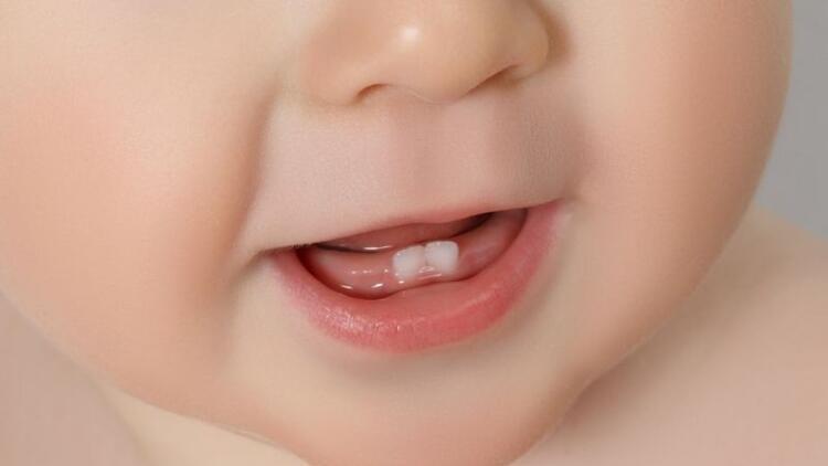 Süt dişlerin bakımı nasıl yapılmalı?