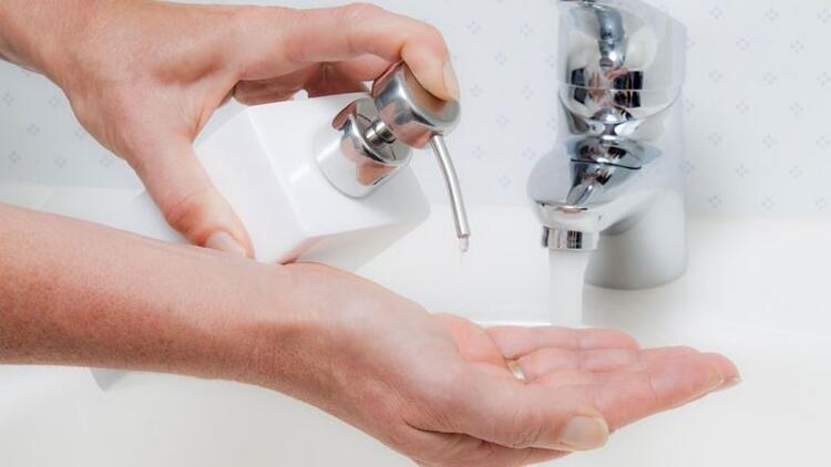 Sıvı sabunlar tırnak kırılmasına neden oluyor