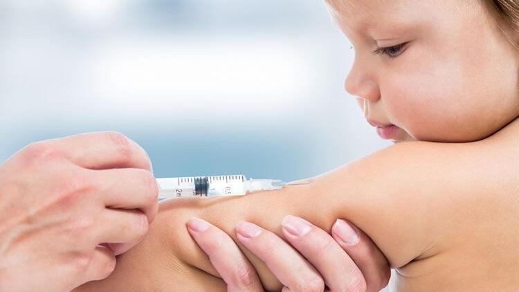 Hangi aşı ne zaman yapılmalı? Bebekler ve çocuklar için aşı takvimi