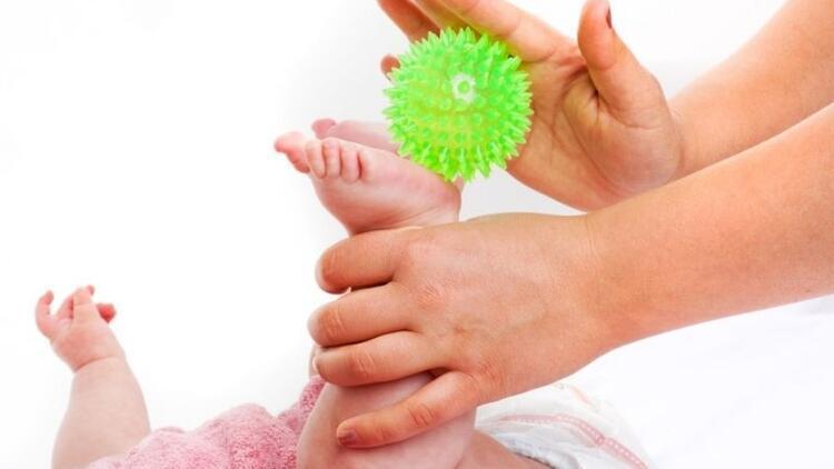 Bebeğinizin çok seveceği küçük oyun aktiviteleri