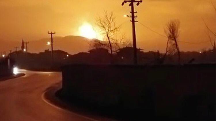 Sakarya son dakika haberleri: Sakarya'daki patlamadan ilk görüntüler geldi - Havai fişek fabrikasındaki patlamanın detayları